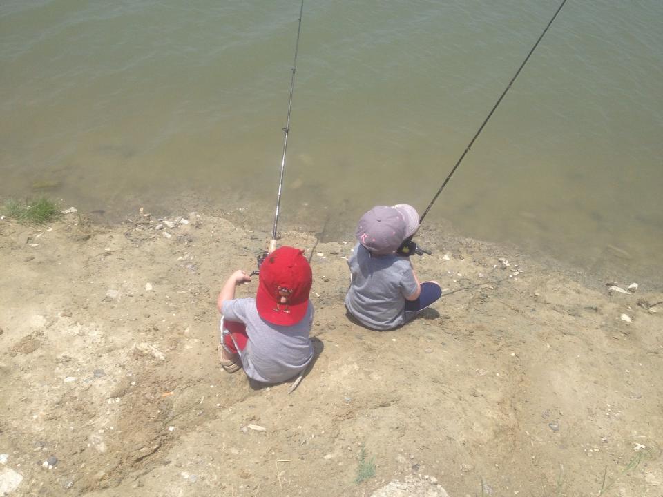hawes_boys_learning_the_ropes_choke_canyon
